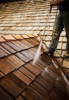 Cedar Shakes Roof Cleaning